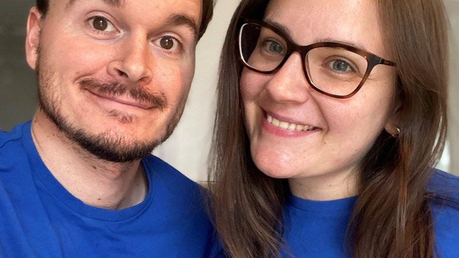 Gracie a snoubenec Michael, kteří pro BLG Mind běží virtuální londýnský maraton